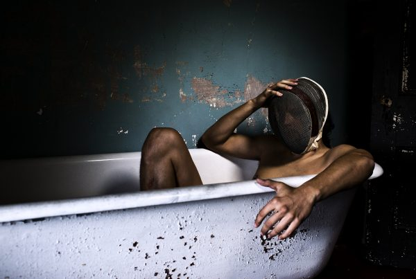 Caitlin Cronenberg, The Tub